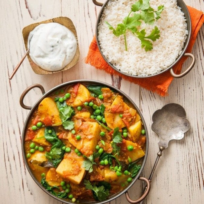 Spud Lite Potato, Pea and Tomato Curry