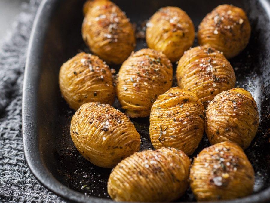Quick Hasselback Roasted Potatoes
